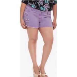 Torrid Size 24 Distressed Denim Shorts
